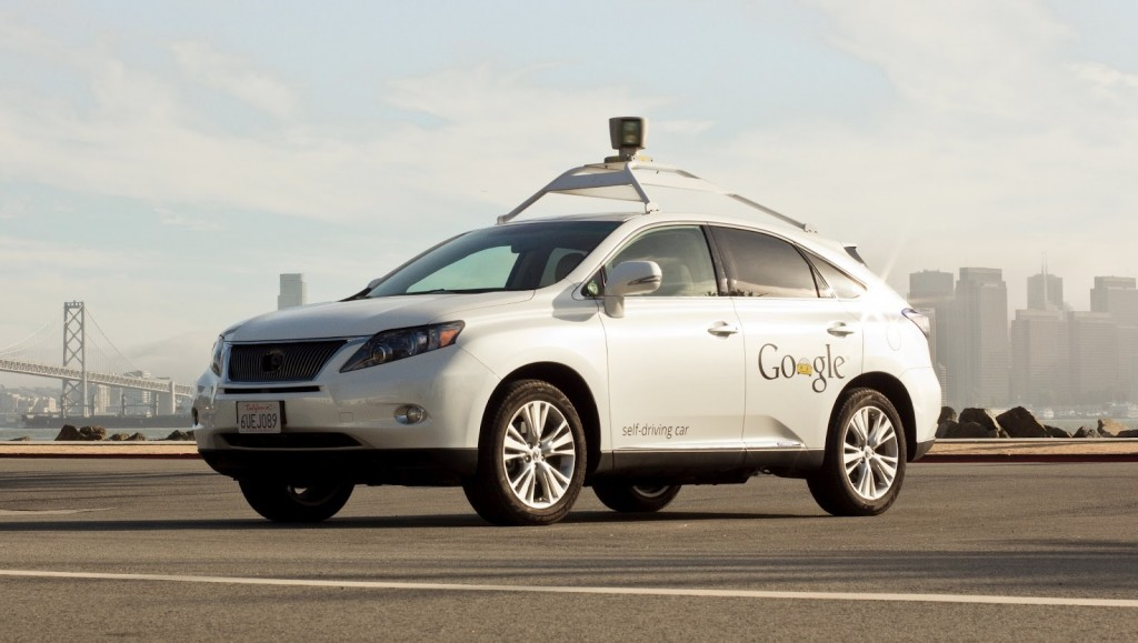 Kaynak: https://tctechcrunch2011.files.wordpress.com/2014/05/google-self-driving-car.jpeg